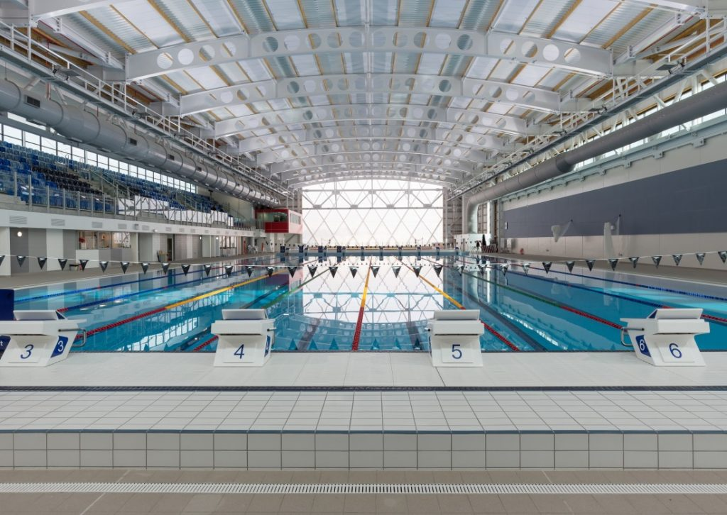 AUT Pool diving boards